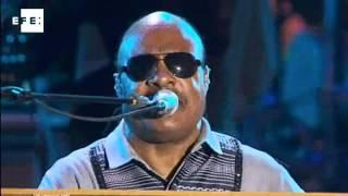 Stevie Wonder e Bryan Adams mostram lado mais romântico do Rock in Rio Lisboa.
