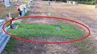Eltern wundern sich über das grüne Grab ihres Sohnes - bis sie das Geheimnis erfuhren