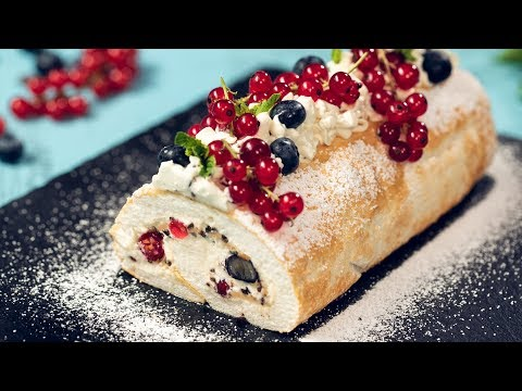 Summer Berry Meringue Roll