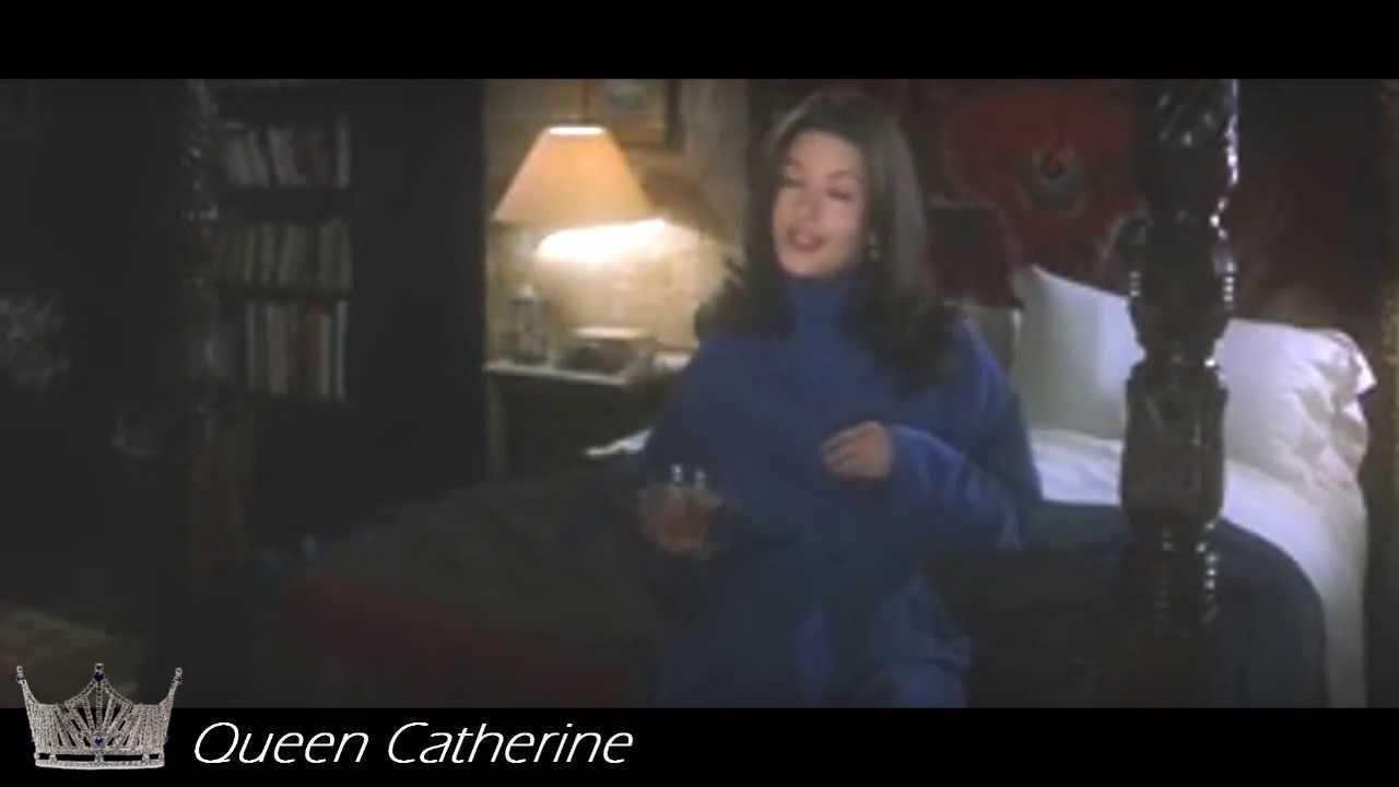 Download Catherine Zeta Jones in Entrapment