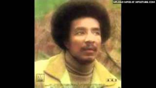 Smokey Robinson - Happy (Love Theme from Lady Si