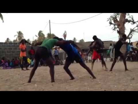 Thacher in Senegal: traditional wrestling in Niodior