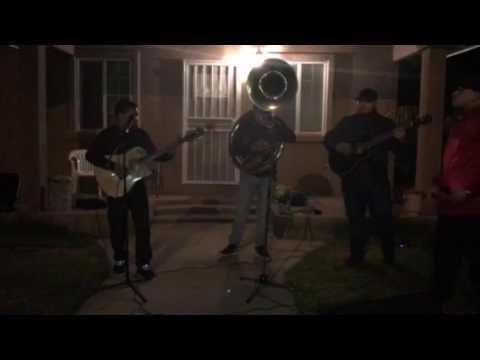 Fuerza Regida - Sergio El Americano EnVivo ( Con Tuba )