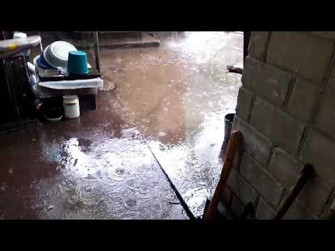 Потоп,третий ливень за день с градом.
