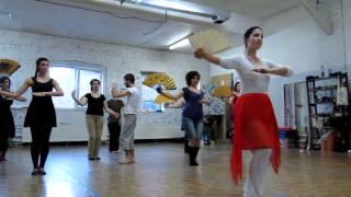 учим японские танцы