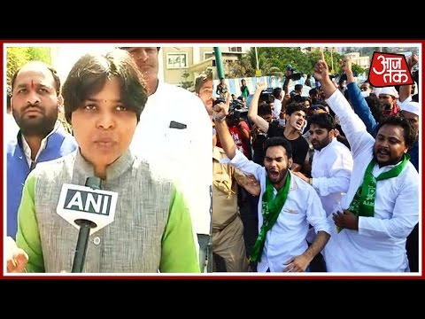 Shatak Aaj Tak: Trupti Desai Adamant On Entering Haji Ali, Police Stall & More