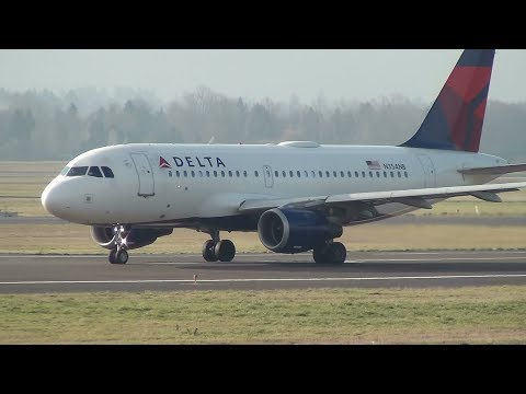 Delta Air Lines A319 [N354NB] Takeoff Portland Airport (PDX)