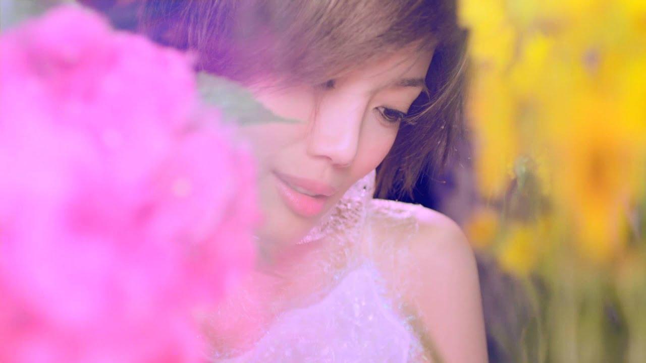 容祖兒 Joey Yung《霧裡看花》[Official MV] - YouTube