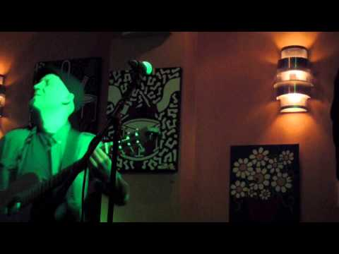 Daryl Shawn - Danza del Campo, live at Path Cafe 3/8/13