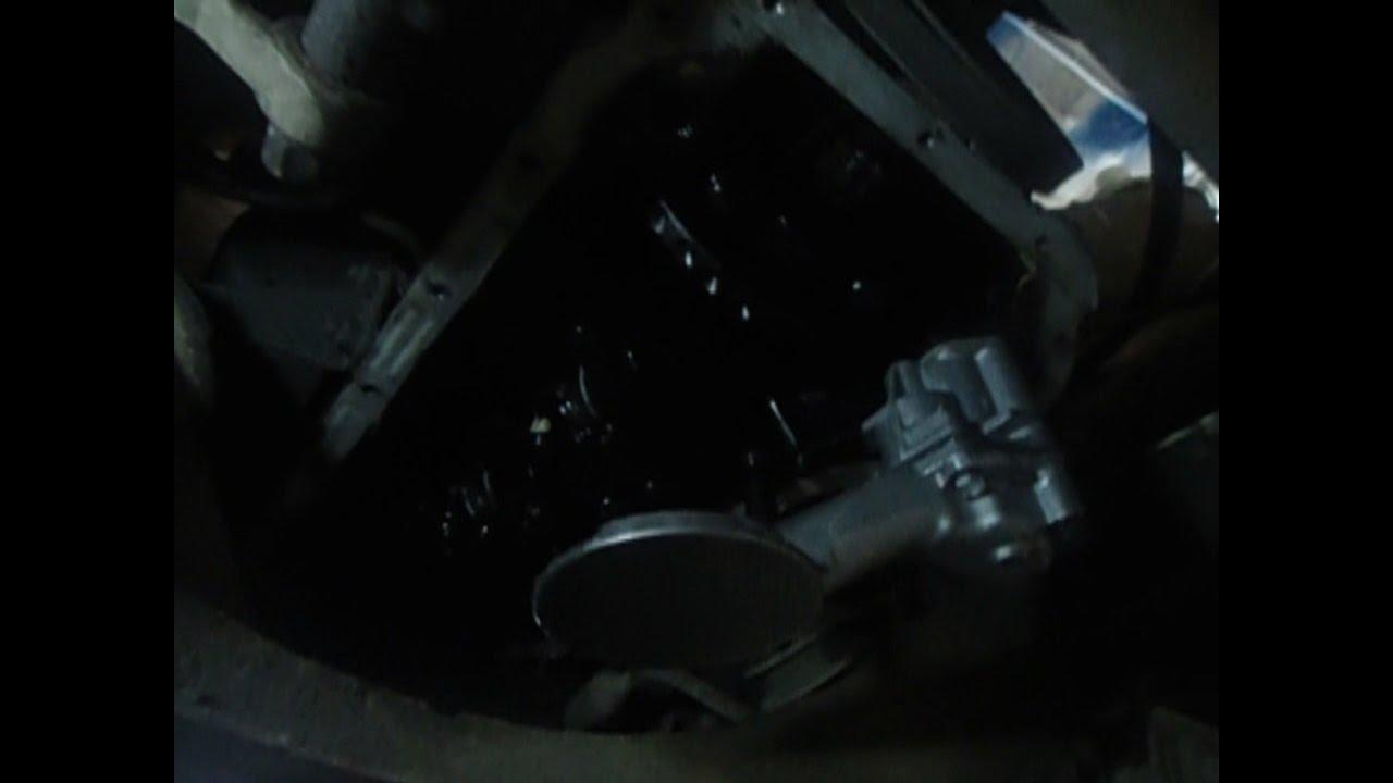 Течь масла из под переднего сальника коленвала ВАЗ 2114 ,как .