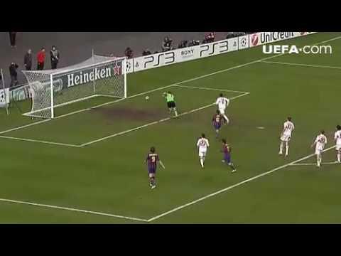 Stuttgart vs Barcelona, round of 16 1st