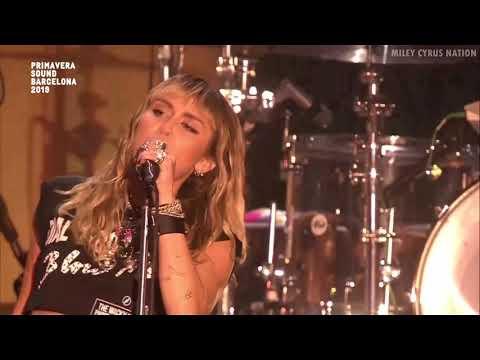Miley Cyrus - Cattitude (Live At Primavera Sound Festival) [HD]