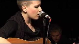 Emma Louise Live 3