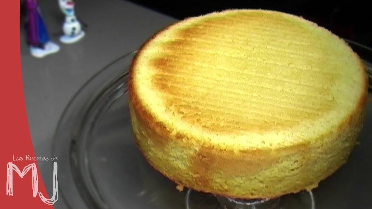 Bizcocho b sico de lim n receta f cil youtube for Bizcocho de yogur de limon esponjoso facil