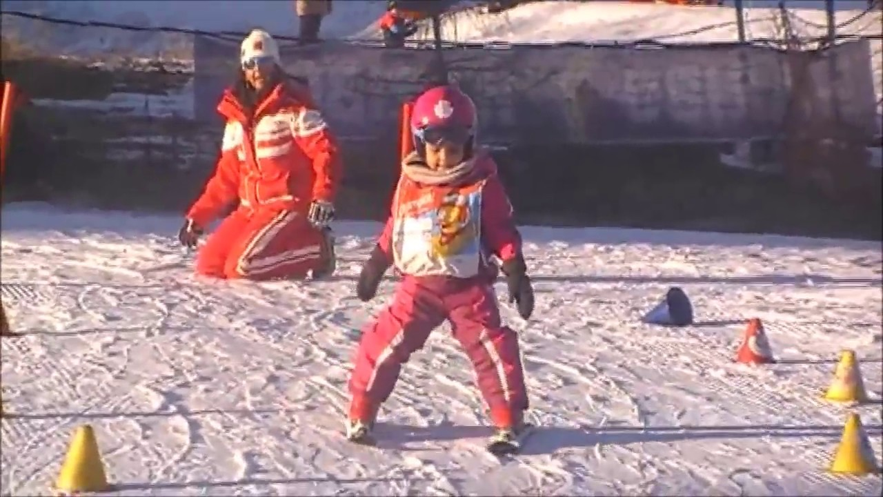 Chalet des enfants esf alpe d 39 huez noel 2016 fin d 39 apr s midi youtube - Chalet enfant ...