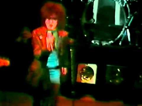 Siouxsie the banshees hong kong garden target video - Siouxsie and the banshees hong kong garden ...