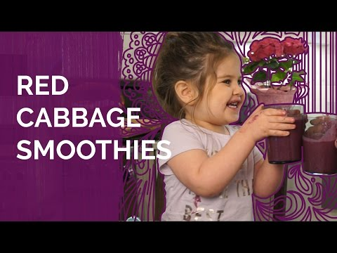 Healthy Recipes for Kids: Superfood Smoothies using Berries & Red Cabbage
