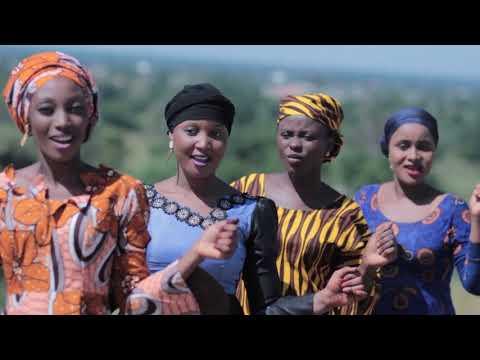Download Sabuwar Wakar Hadiza Gabon Songs By Musty Fresh