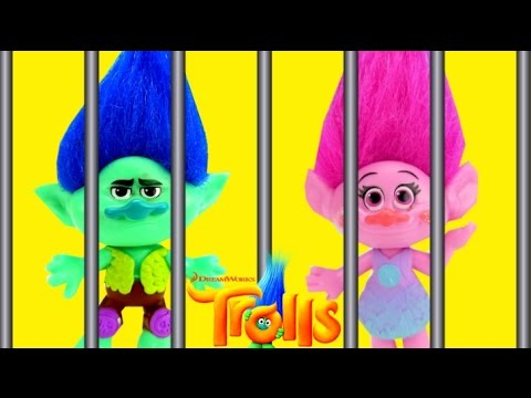 Dreamworks Trolls Movie, Branch and Poppy are Sad. Kidnapped by Evil Bergen Chef