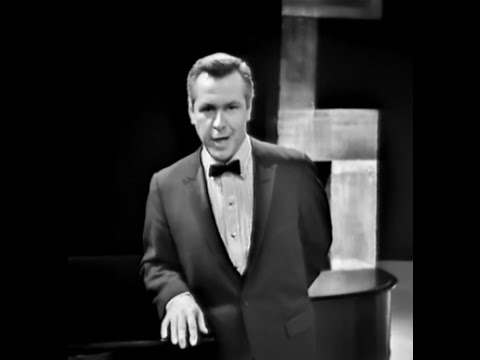 Donald Gramm sings Charles Ives