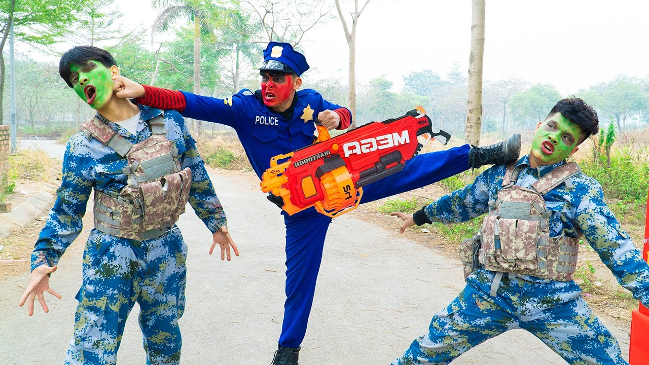 Battle Nerf War POLICE COMPETITION Nerf Guns Two Idiots BATTLE NERF PLANTS VS ZOMBIES REAL LIFE