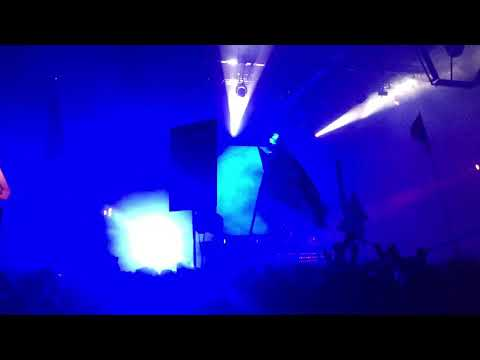 """Gabriel and Dresden - """"Beautiful Things"""" at the LA Convention Center 12-29-2017"""
