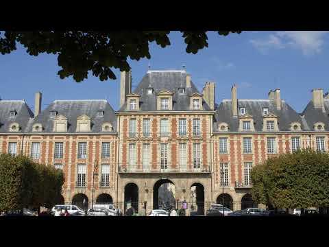 Place des Vosges - Paris (France)