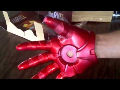 Iron Man Cosplay Repulsor Glove Replica (Unboxing and Review)