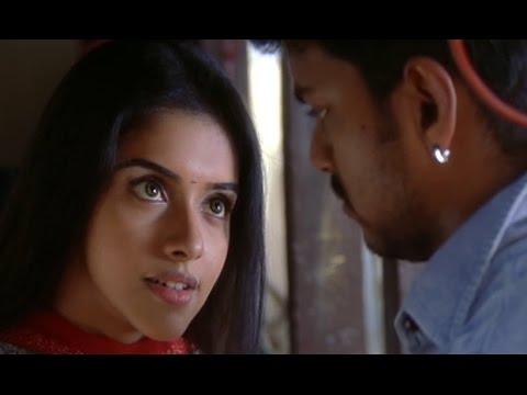 Asin demands for a Kiss from Vijay | Sivakasi