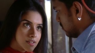 Asin demands for a Kiss from Vijay | Sivakasi