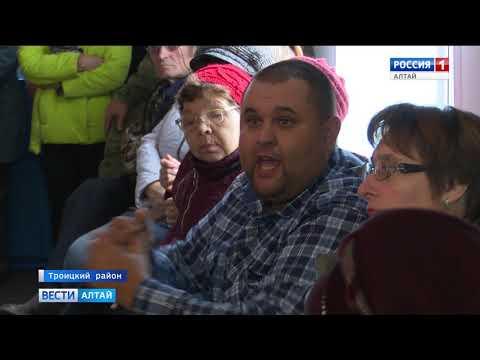 Жители Заринска возмущены работой регоператора по вывозу мусора