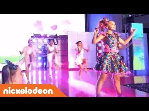 JoJo Siwa 360° Video 'Hold the Drama' Live Performance | Nick