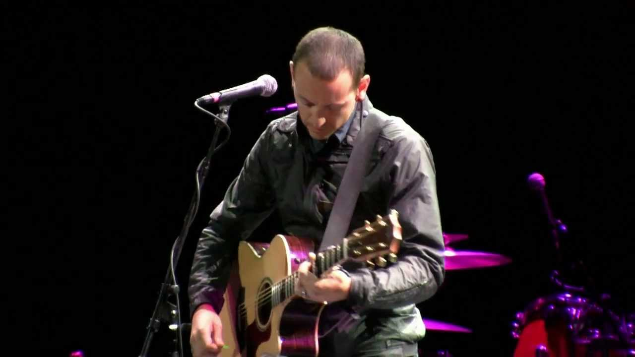 """Download Chester Bennington from Linkin Park- """"The Messenger"""" (HD) Live at MusiCares 5-6-2011"""