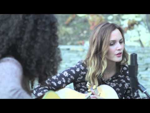 """Fleetwood Mac """"Dreams"""" cover by Dana Williams and Leighton Meester"""