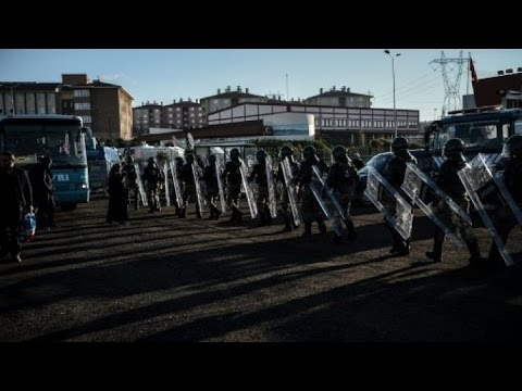 تركيا: حملة اعتقالات واسعة تطال المئات بتهمة الانتماء لجماعة غولن  - نشر قبل 20 ساعة