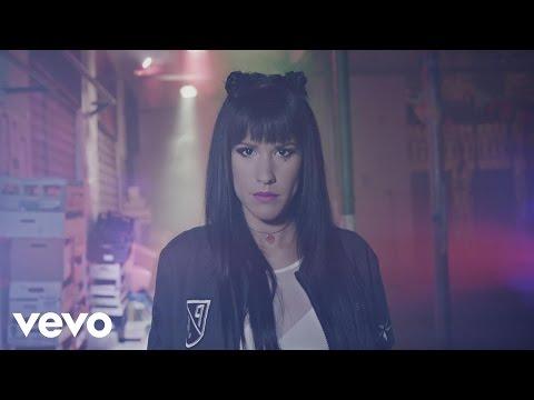 Baby K - Chiudo gli occhi e salto (Videoclip) ft. Federica Abbate