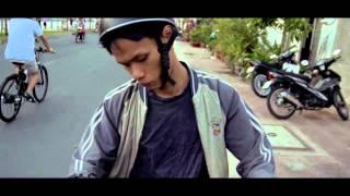 MV CỦA TÔI: LAMBDA TEAM - Ở LẠI ĐÂY VỚI CON [ FULL HD ]