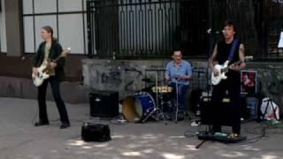 Цой на Арбате (19.06.2010).mp4