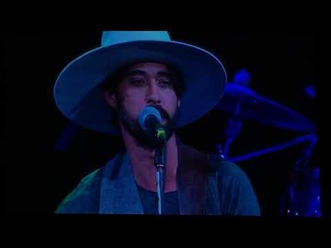 Harvey Concert - 5 out of 10 Ryan Bingham & Martie McGuire from the Dixie Chicks