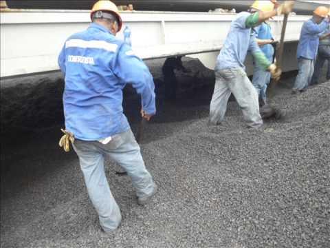 Marine Surveyor Cargo - Trimando el carbon (trimming Coal).