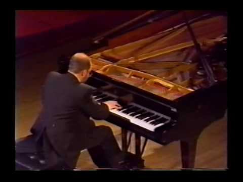 Emile Naoumoff plays Prelude Op. 23-4 in D major by Rachmaninoff
