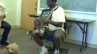 Washboard Chaz teaches washboard technique