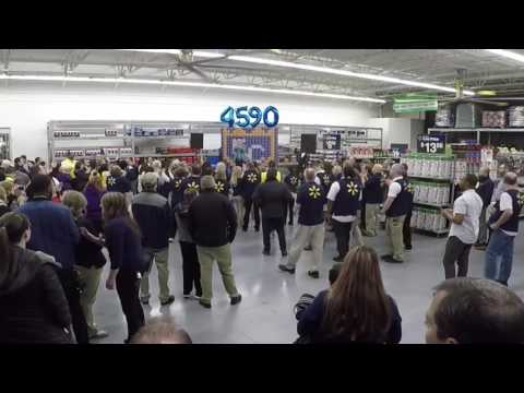 Walmart Supercenter Grand Opening in Lee Summit, MO