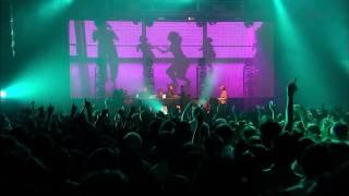 Underworld - Always Loved A Film (Live @  Zepp Tokyo 2010)