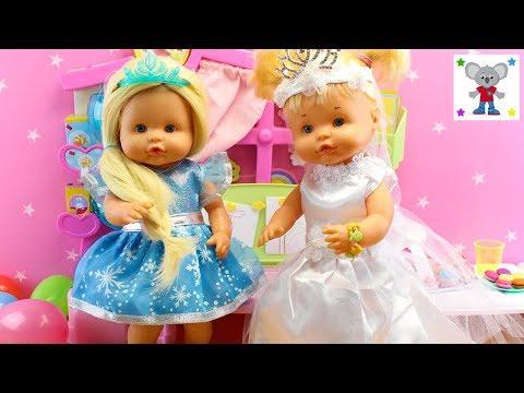 Beb�s Nenuco HERMANITAS TRAVIESAS Fiesta de Disfraces - Alice se disfraza de ELSA de FROZEN