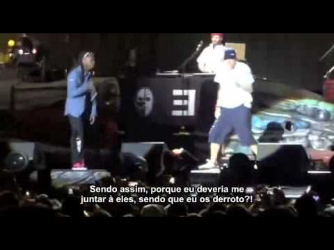 Eminem ft. Lil Wayne - No Love LIVE (Legendado)