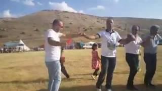 Gaziler kasabasi senlik agirlama halayi