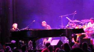 Bruce Hornsby and the Noisemakers, White Wheeled Limousine