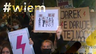 Strajk kobiet. Sejm zablokowany, polonez pod siedzibą PiS. Tak wyglądał kolejny dzień protestu