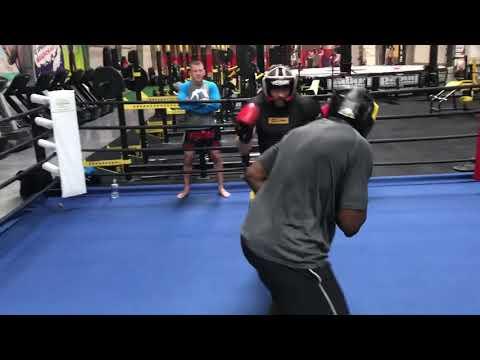 Hit ! Jan Błachowicz MMA / UFC sparing Izu Ugonoh Warszawskie Centrum Atletyki